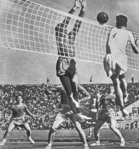 в послевоенные годы сохранял звание чемпиона страны.