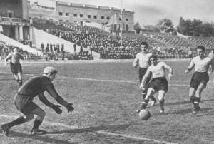 Футбол - любимый вид спорта сельских физкультурников.