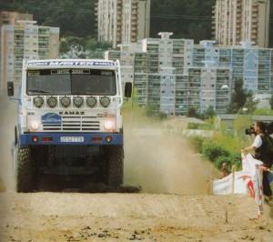 вчистую разделались со своими соперниками в классе грузовиков