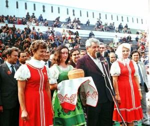 Иван Железов открывает спортивный праздник